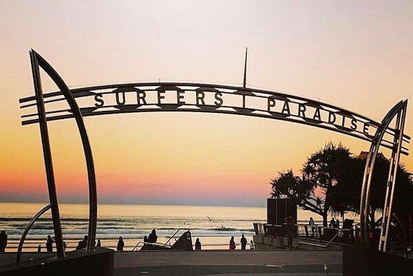Surfers Paradise Sonnenuntergang
