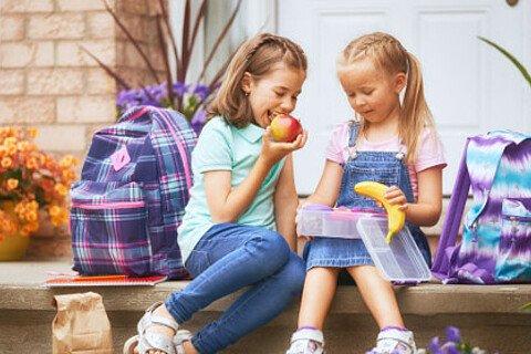 Intelligente Schulranzen helfen Schülern und Eltern