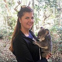 Studentin mit Koala