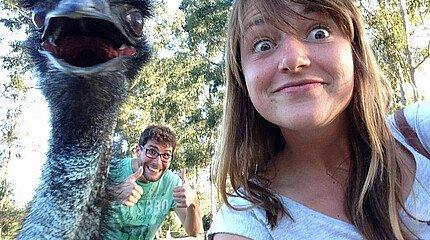 Studentin und Emu