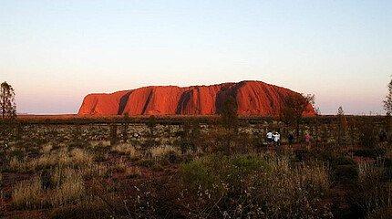 Ayers Rock/Uluru bei Sonnenaufgang