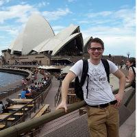 Selbstporträt vor Opera House in Sydney
